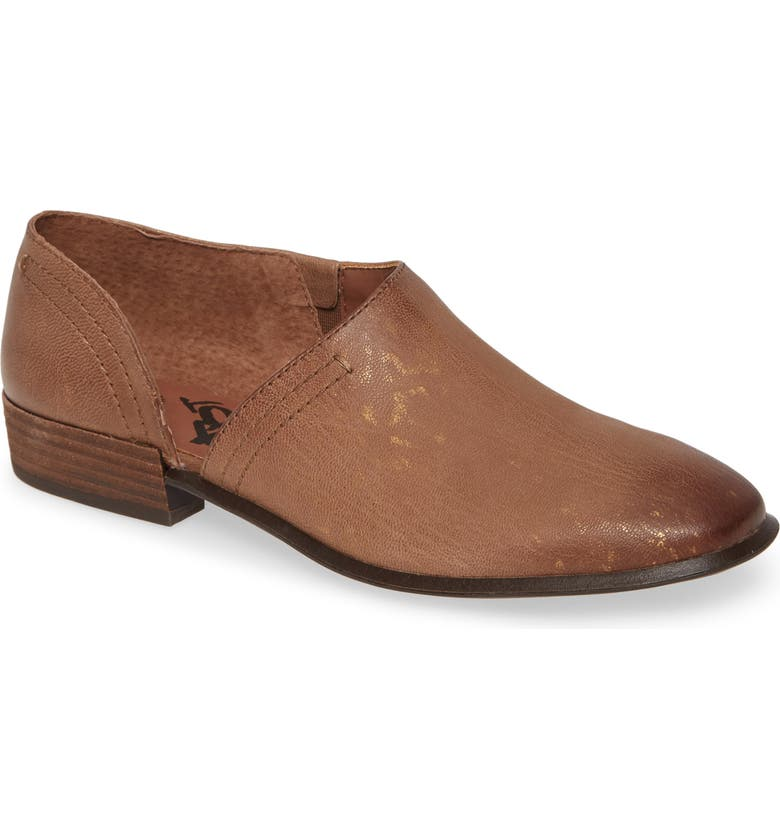 OTBT Coyote Half d'Orsay Shoe, Main, color, HICKORY LEATHER