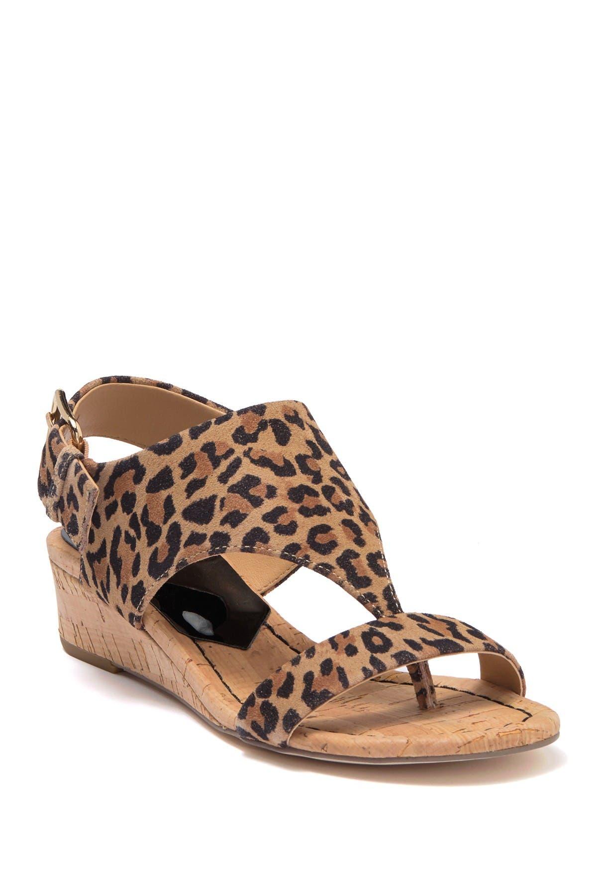 Image of Donald Pliner Dalton Leopard Print Wedge Thong Sandal