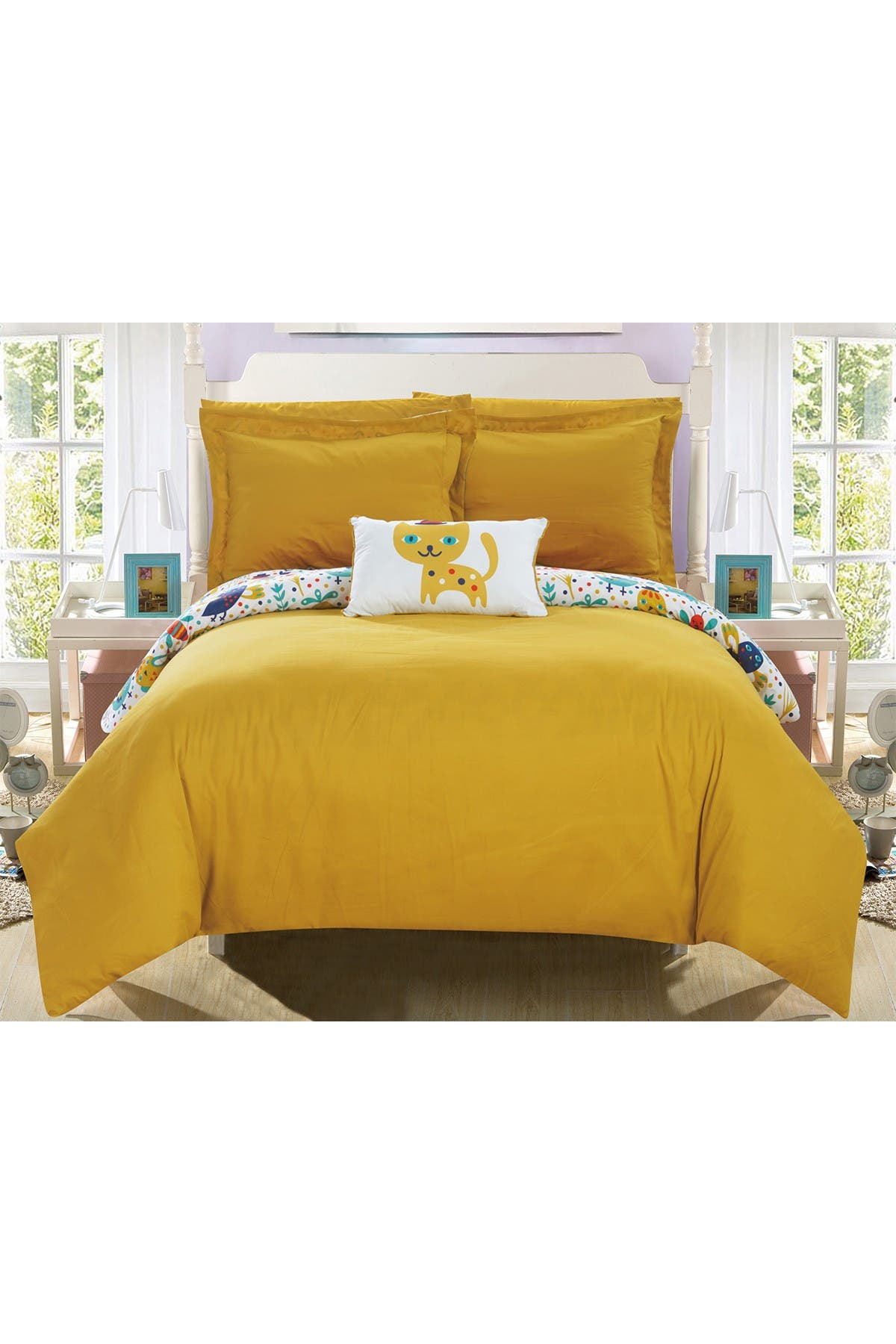 Image of Chic Home Bedding Yellow Siobhan Reversible Cute Animals Theme Print Design Full, Bed In a Bag Comforter 8-Piece Set - Yellow