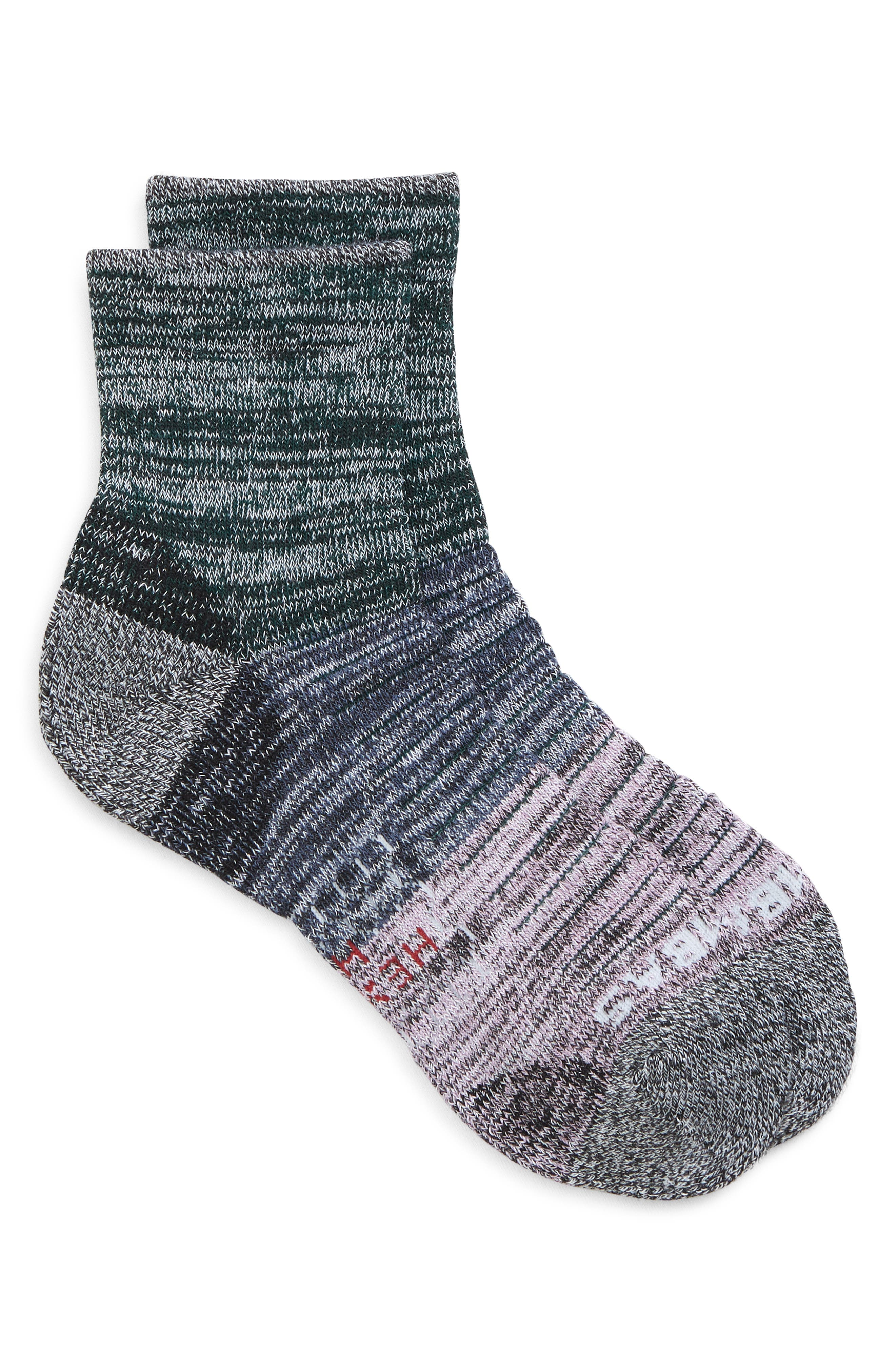 Performance Hiking Quarter Socks