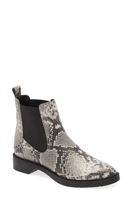 Image of Treasure & Bond Gabriella Chelsea Boot