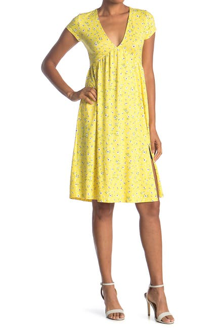 Image of Socialite V-Neck Cap Sleeve Slit Midi Dress