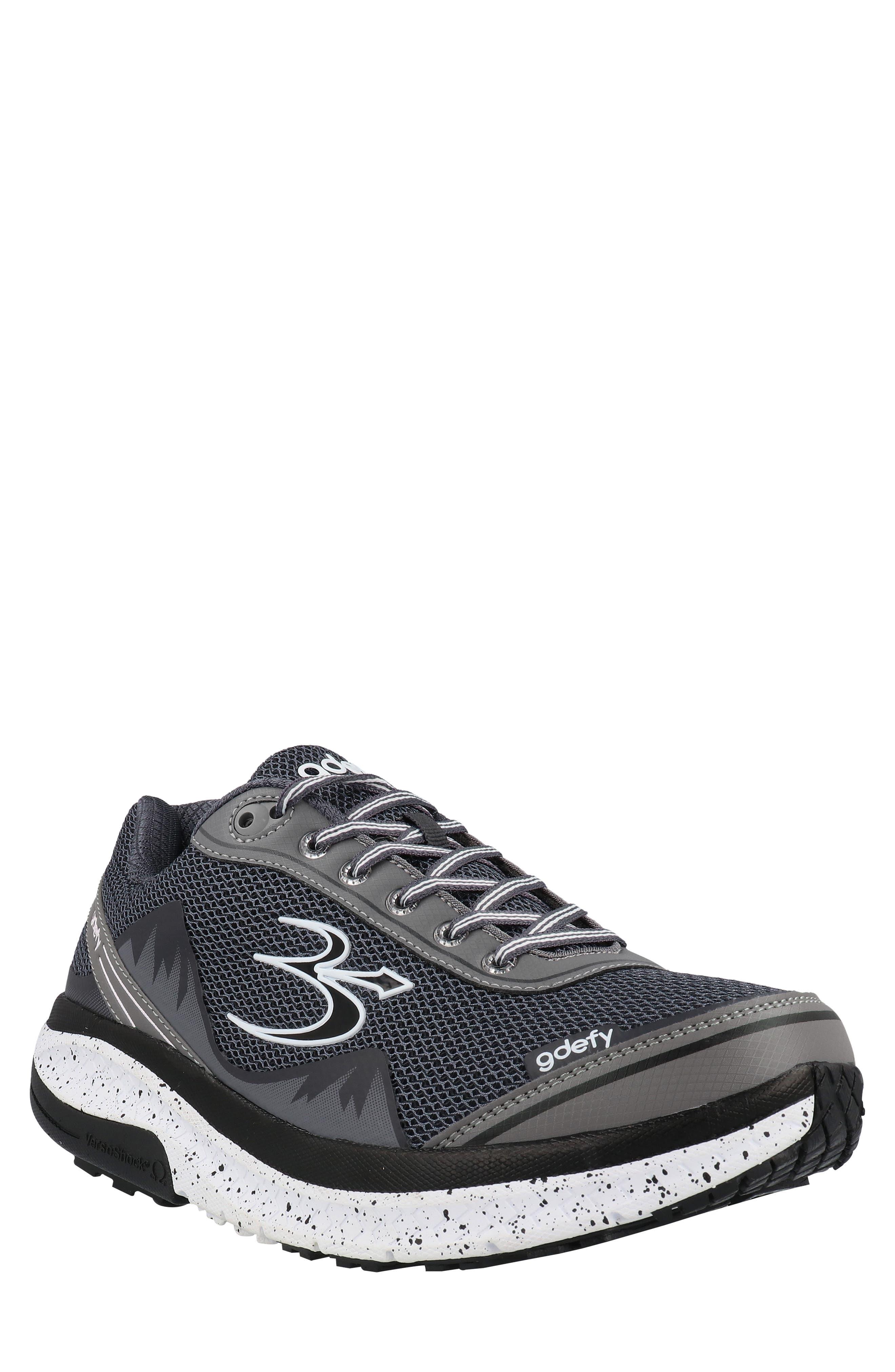 Mighty Walk Sneaker