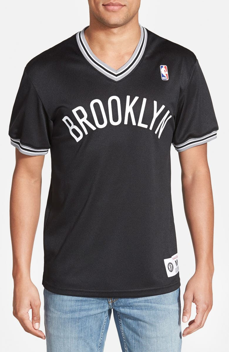 the latest 49ecf 15f59 Mitchell & Ness 'Brooklyn Nets' Tailored Fit Mesh T-Shirt ...