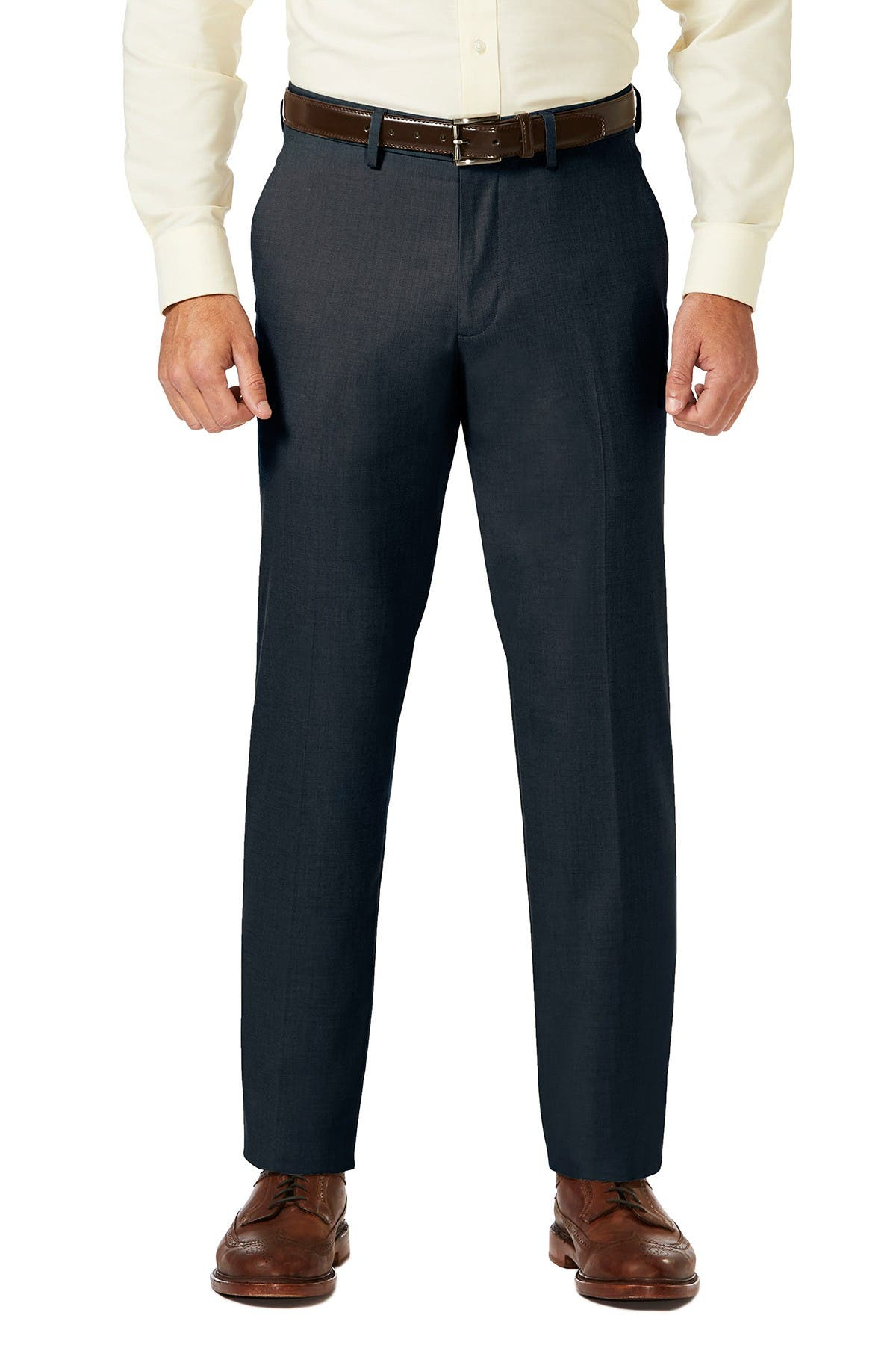"Image of HAGGAR Sharkskin Stretch Straight Fit Flat Front Dress Pants - 29-34"" Inseam"