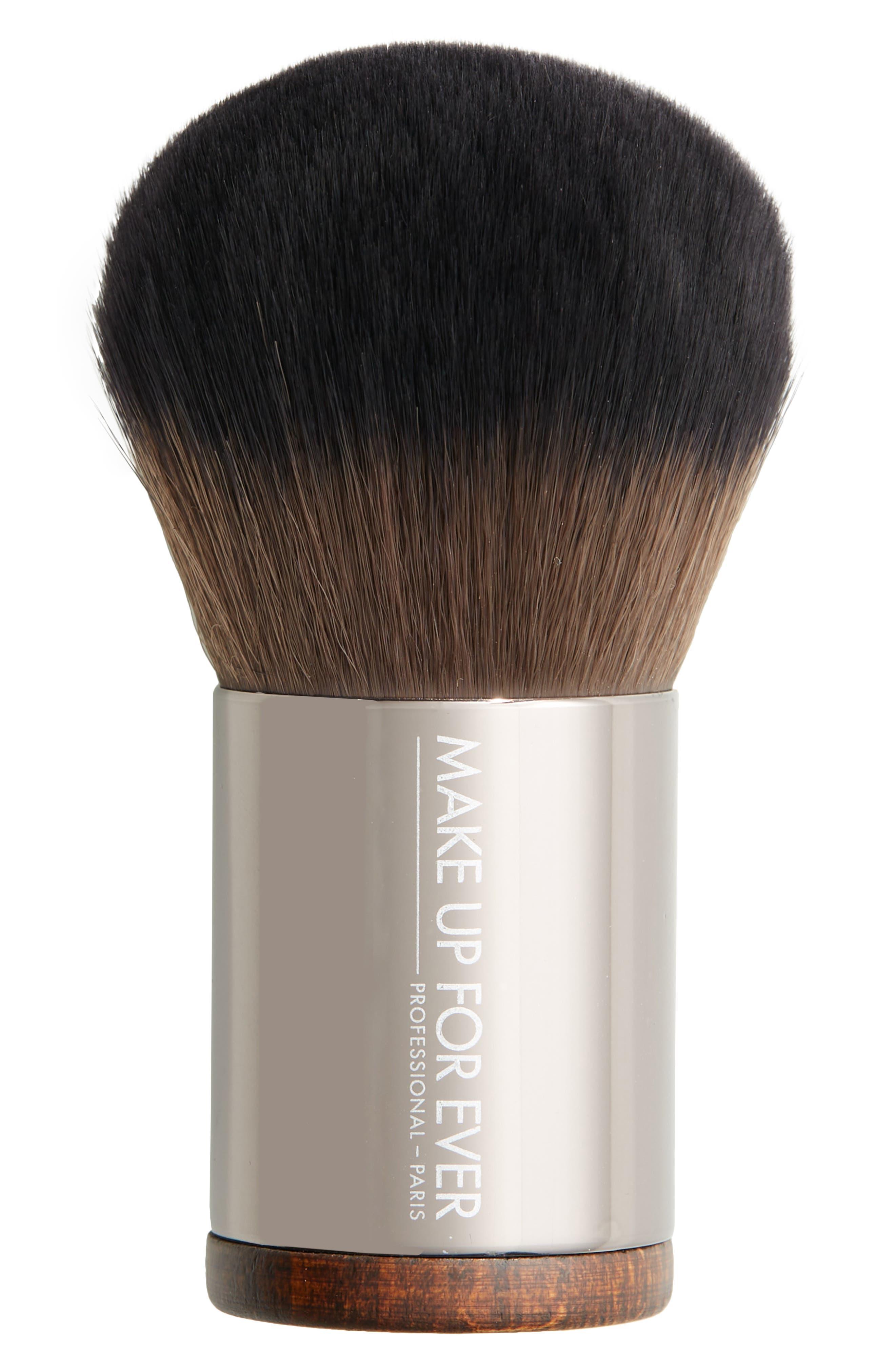 #124 Powder Kabuki Brush
