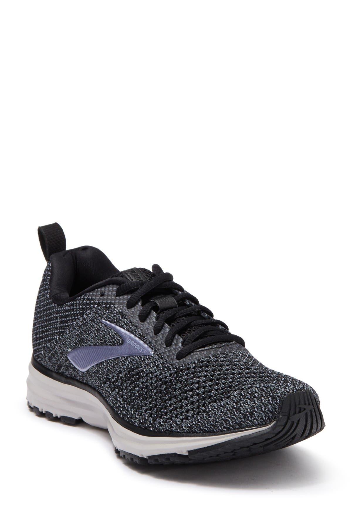 Brooks | Transmit Running Shoe