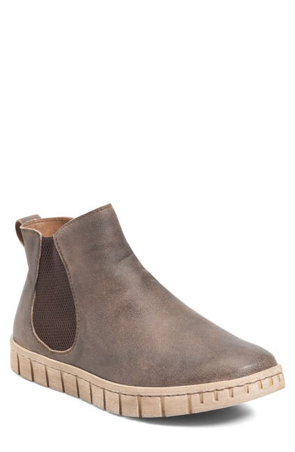 Image of Born Salado Mid Chelsea Boot