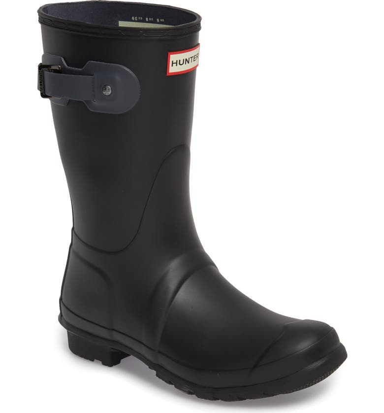 HUNTER Original Short Waterproof Rain Boot, Main, color, 001