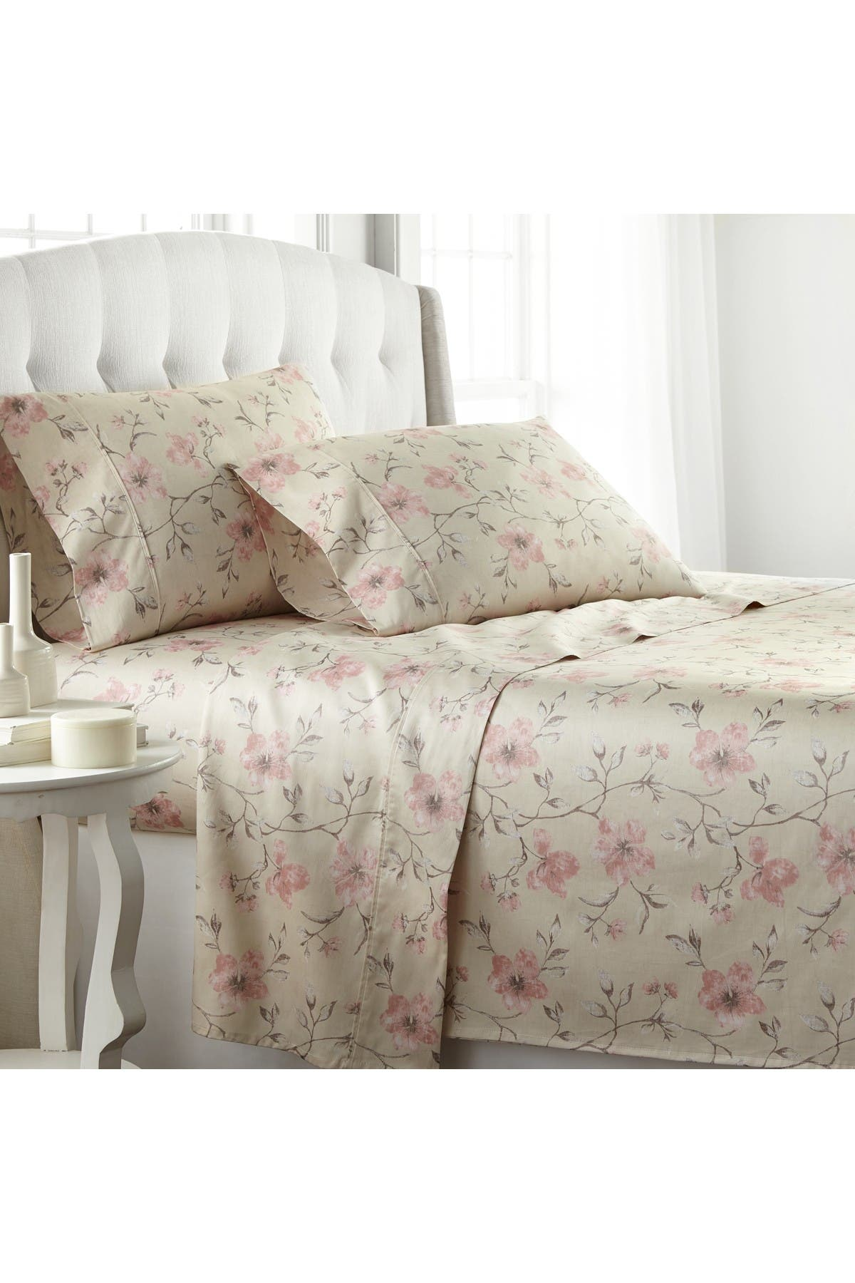 Image of SOUTHSHORE FINE LINENS Queen Extra Deep Pocket 300 Thread-Count Cotton Sheet Sets - Floral Soft Sand