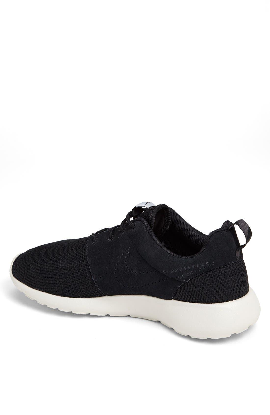 ,                             'Roshe Run' Sneaker,                             Alternate thumbnail 32, color,                             018