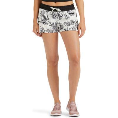 Vuori Clementine Shorts, Ivory