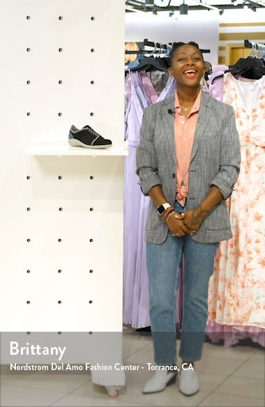 Avena Sneaker, sales video thumbnail
