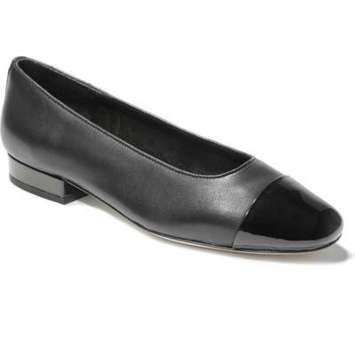Vaneli Cap Toe Flat S - Black