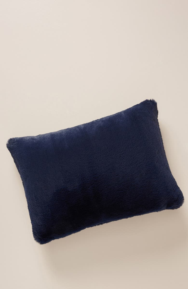 ANTHROPOLOGIE Anthroplogie Sophie Faux Fur Accent Pillow, Main, color, NAVY