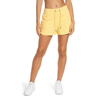 Nike Essential Shorts, Yellow