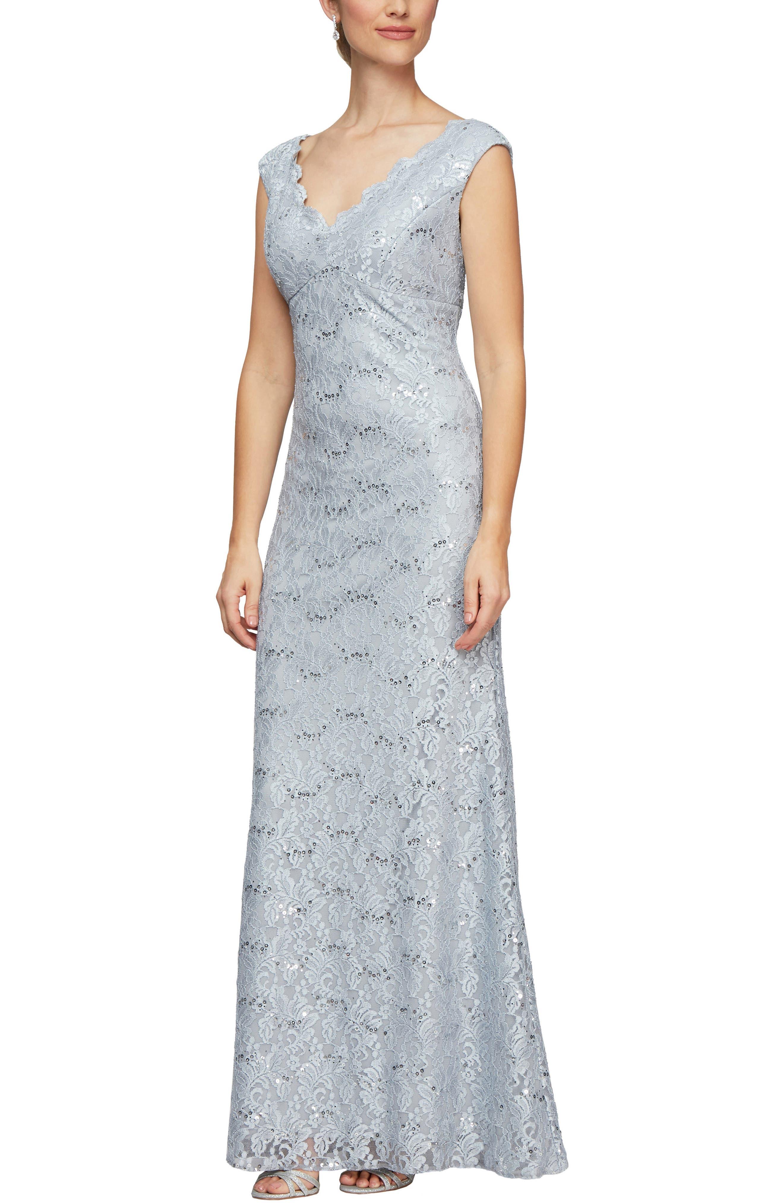 Scallop Lace Evening Dress