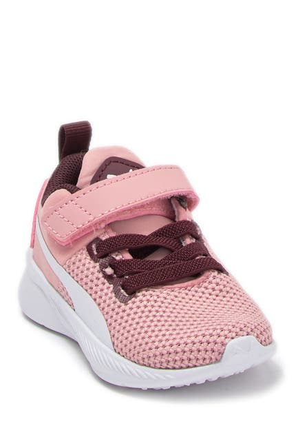 Image of PUMA Flyer Runner V INF Sneaker