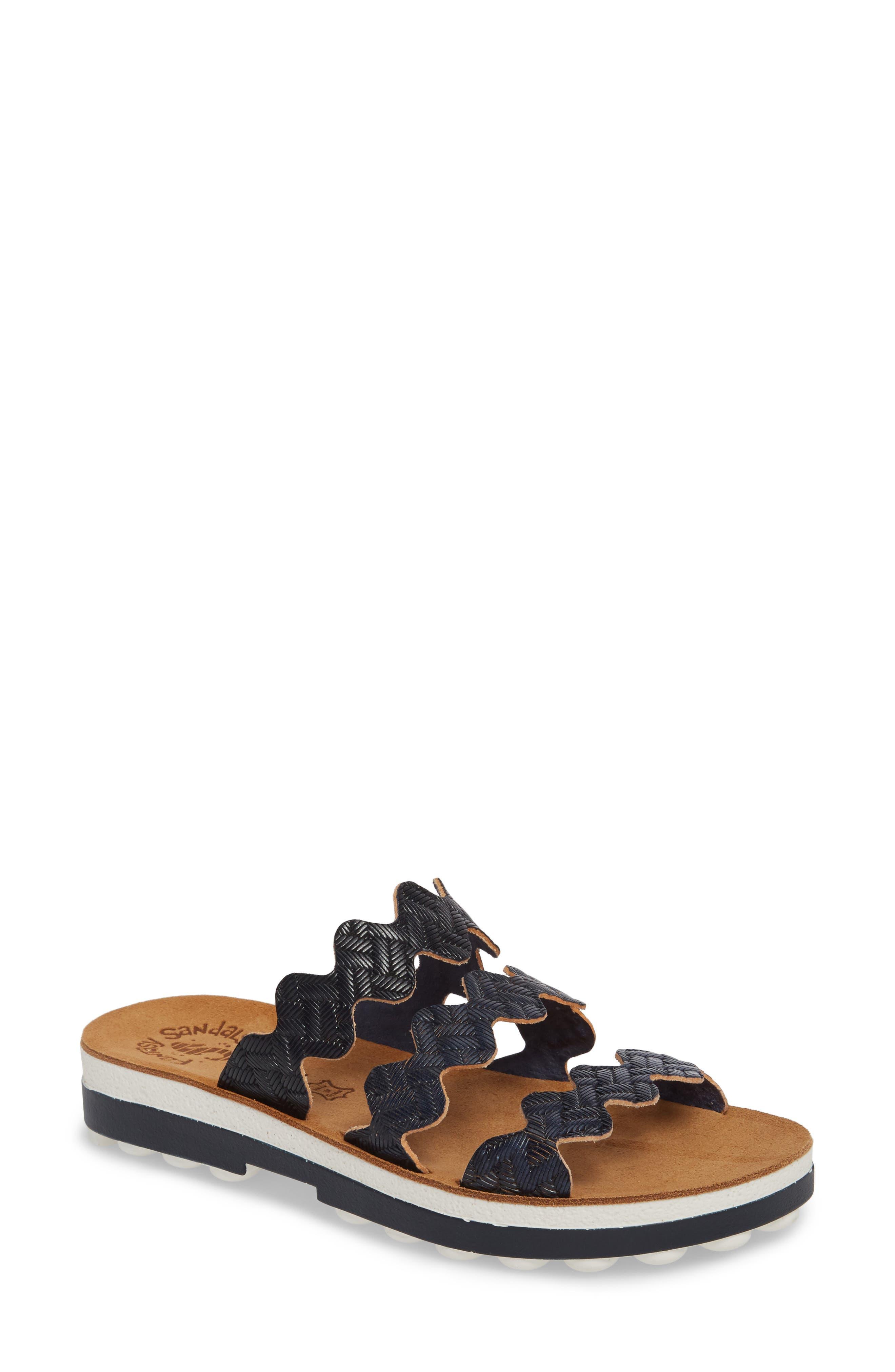 Waves Slide Sandal
