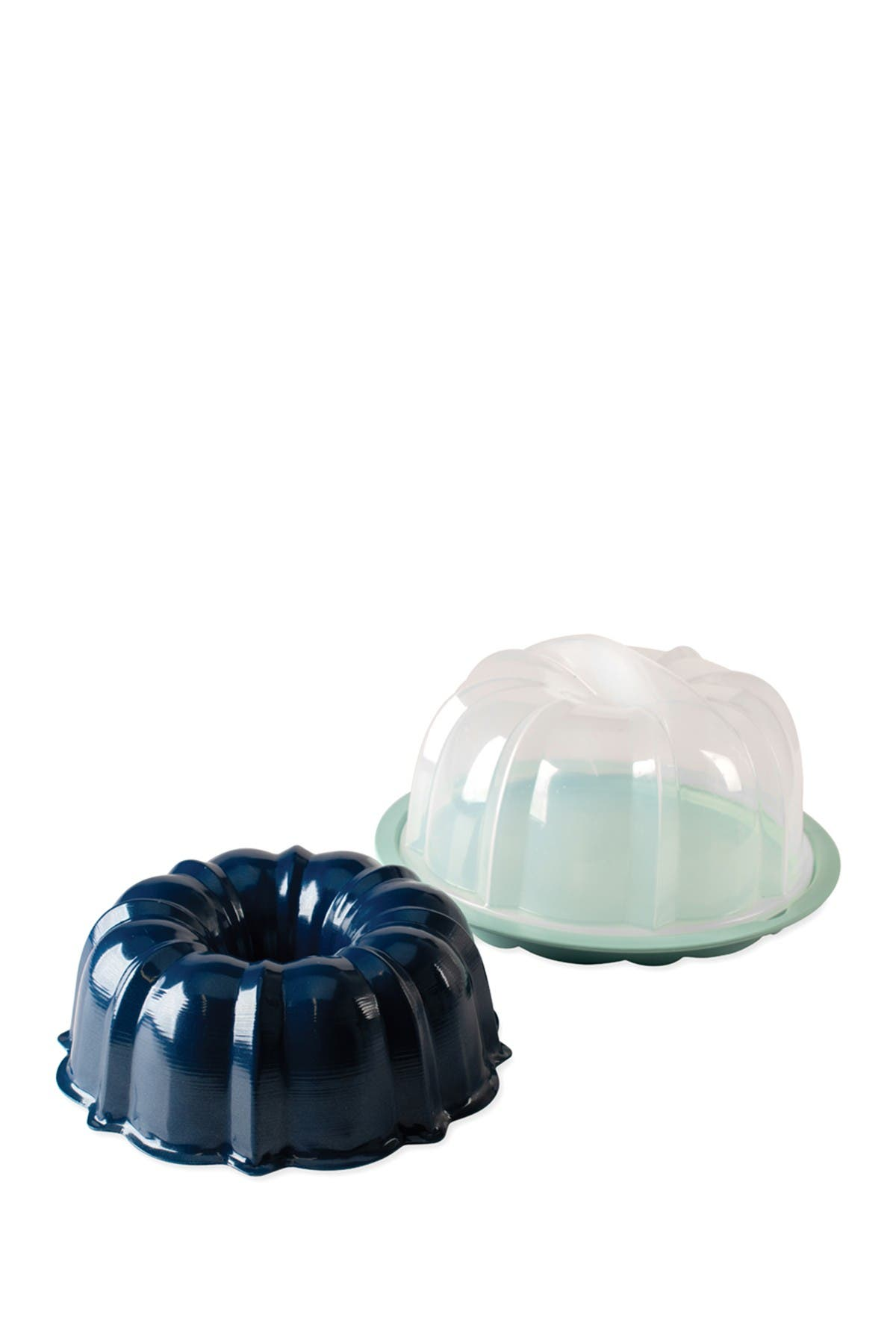 Image of Nordic Ware Bundt Pan with Translucent Cake Keeper