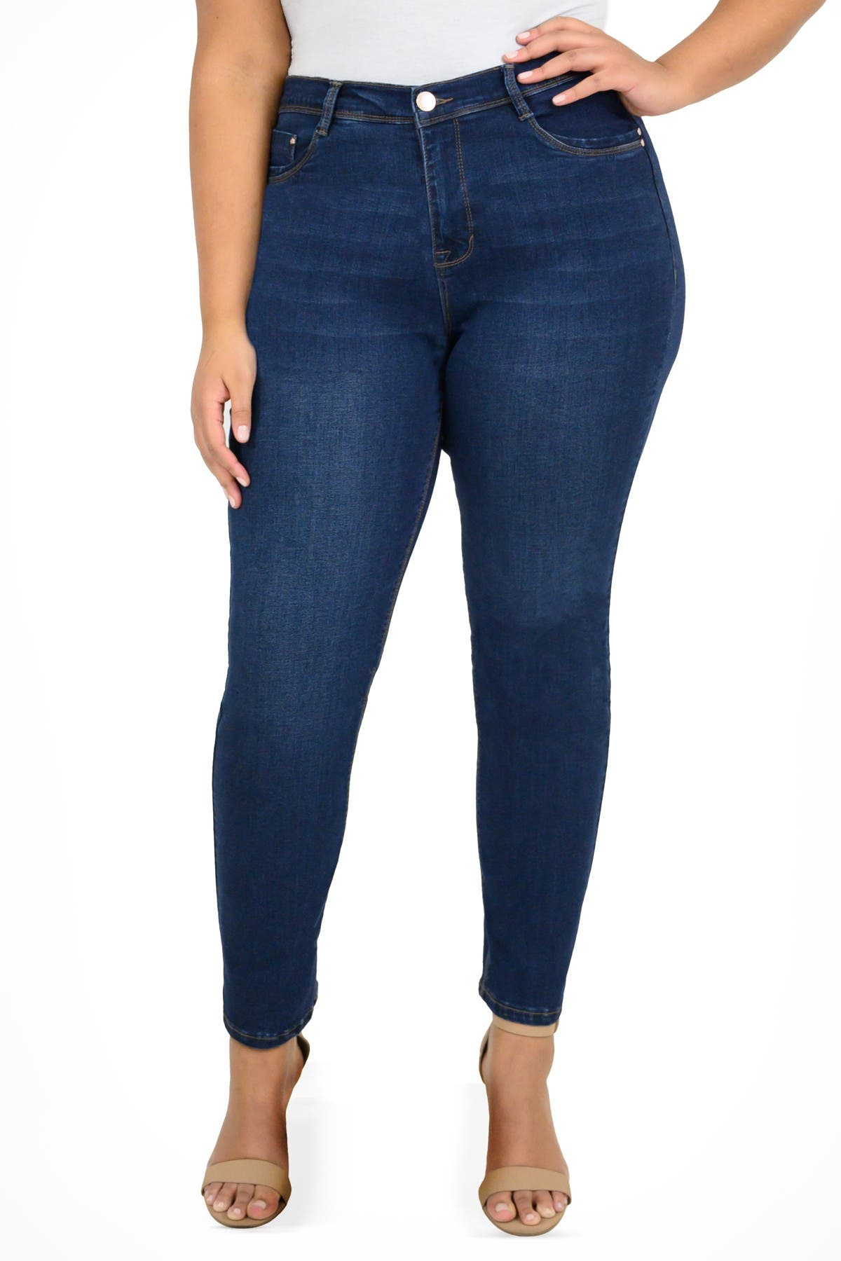 Image of Curve Appeal Straight Leg Jeans