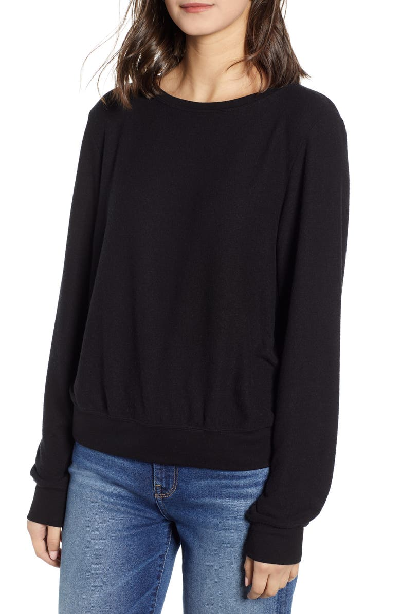 WILDFOX Baggy Beach Jumper Pullover, Main, color, 002