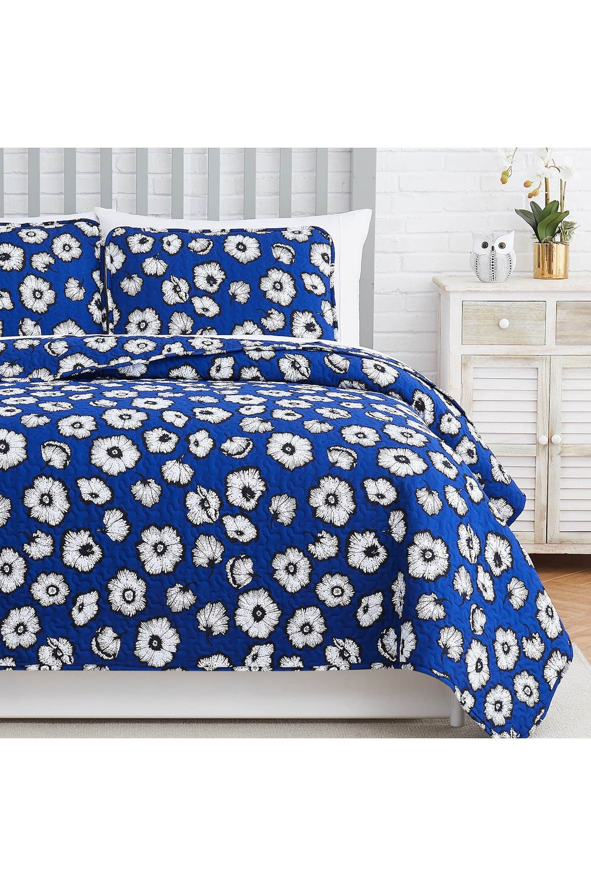Image of SOUTHSHORE FINE LINENS Essence Oversized Quilt Cover Set - Blue - King/California King