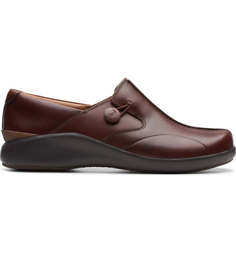 CLARKS<SUP>®</SUP> Un Loop 2 Slip-On Loafer, Main, color, DARK TAN LEATHER