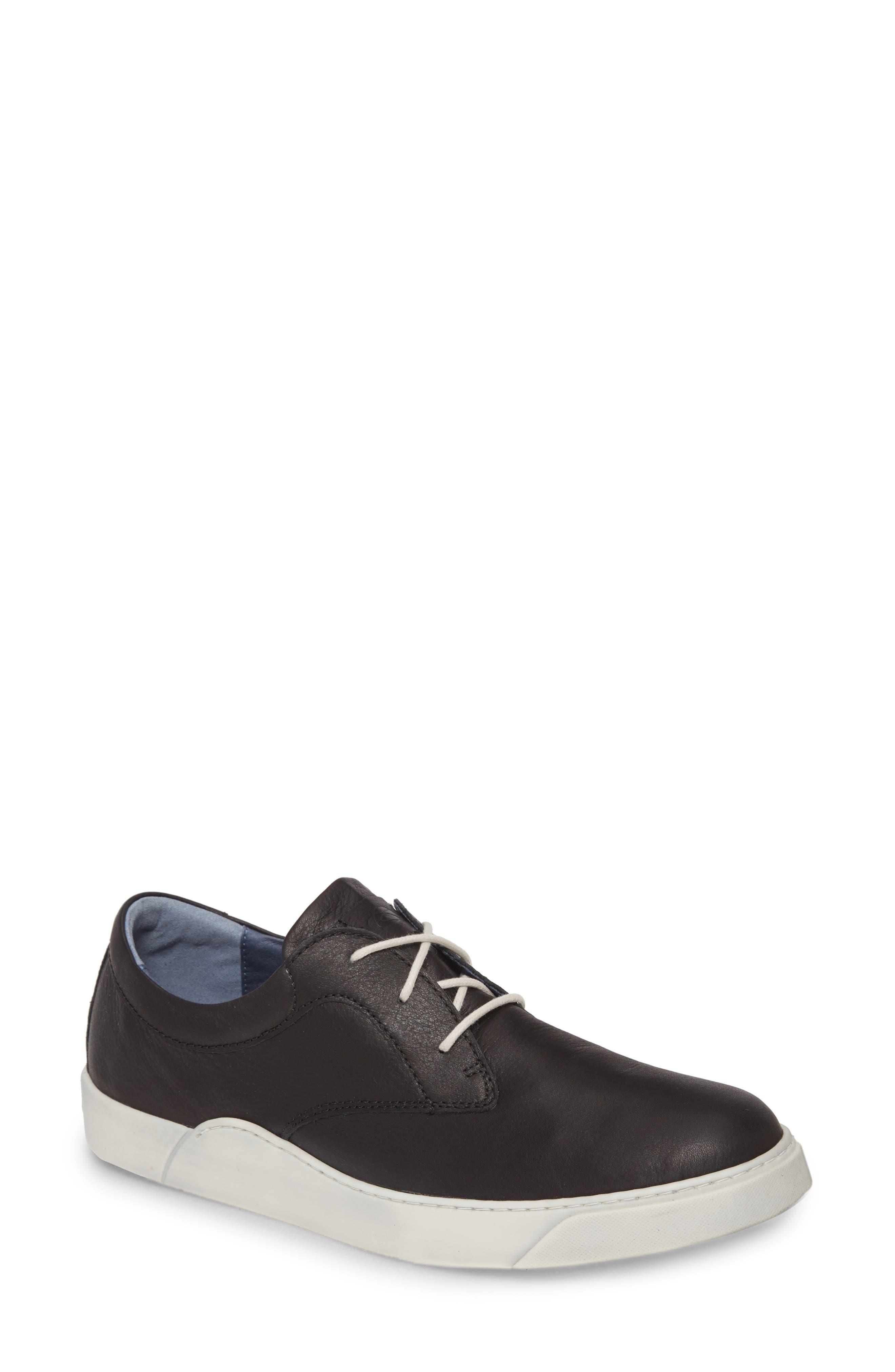 Ithan Sneaker