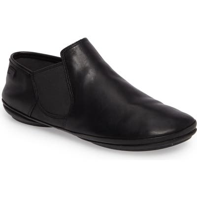 Camper Right Nina Bootie Black