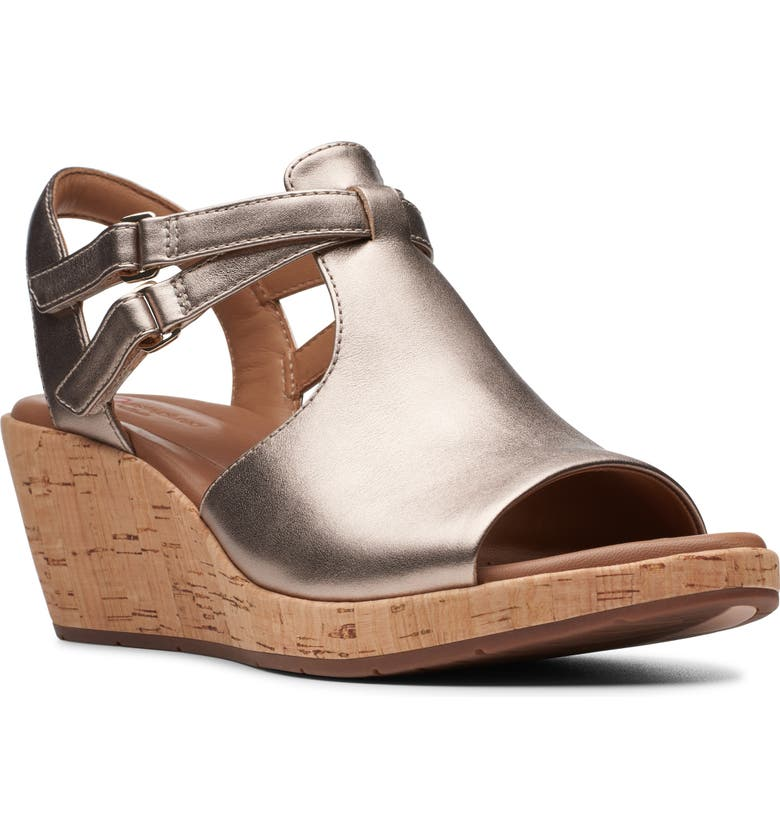 CLARKS<SUP>®</SUP> Un Plaza Way Wedge Sandal, Main, color, GOLD METALLIC LEATHER