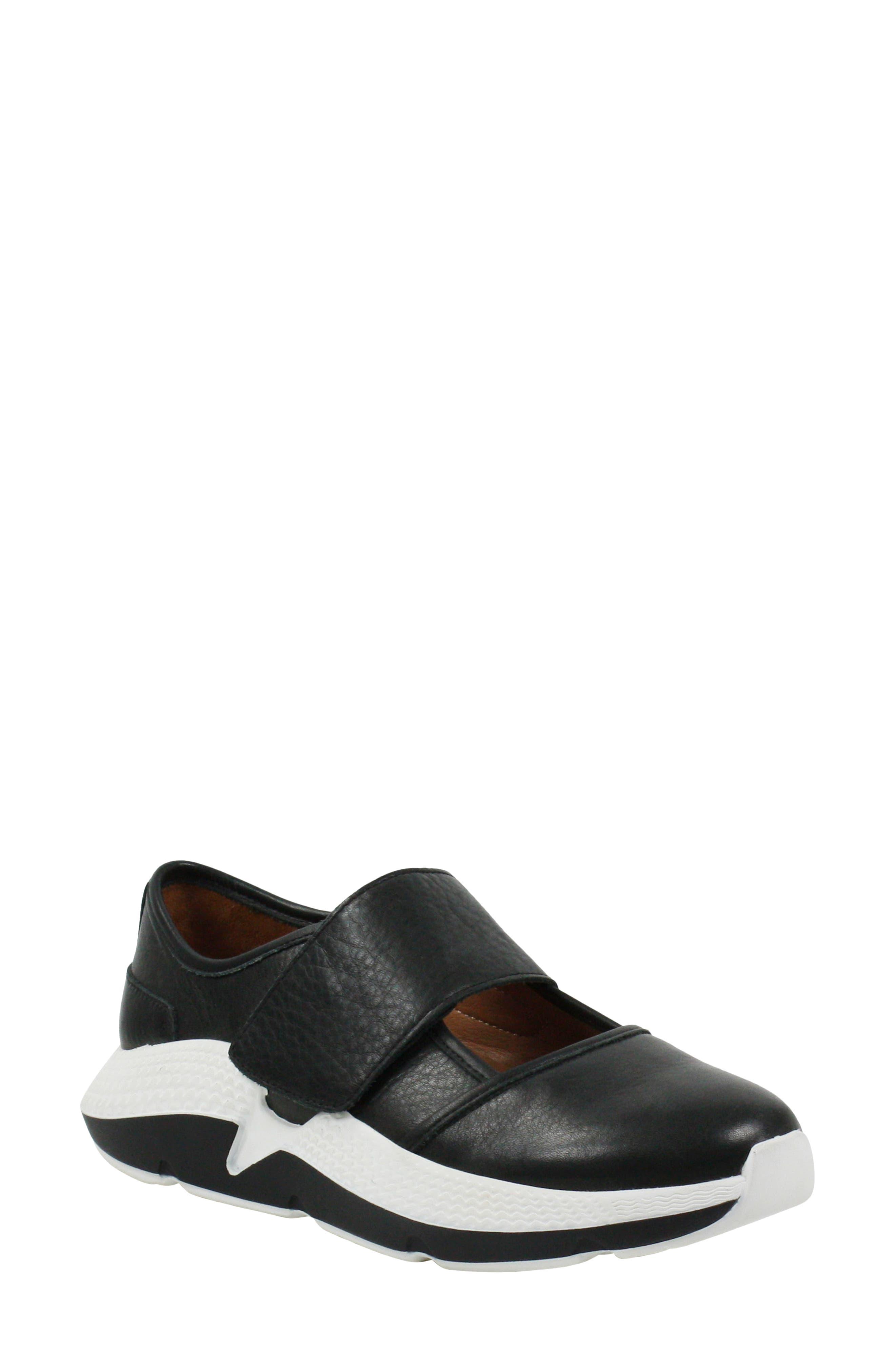 Haslan Mary Jane Sneaker