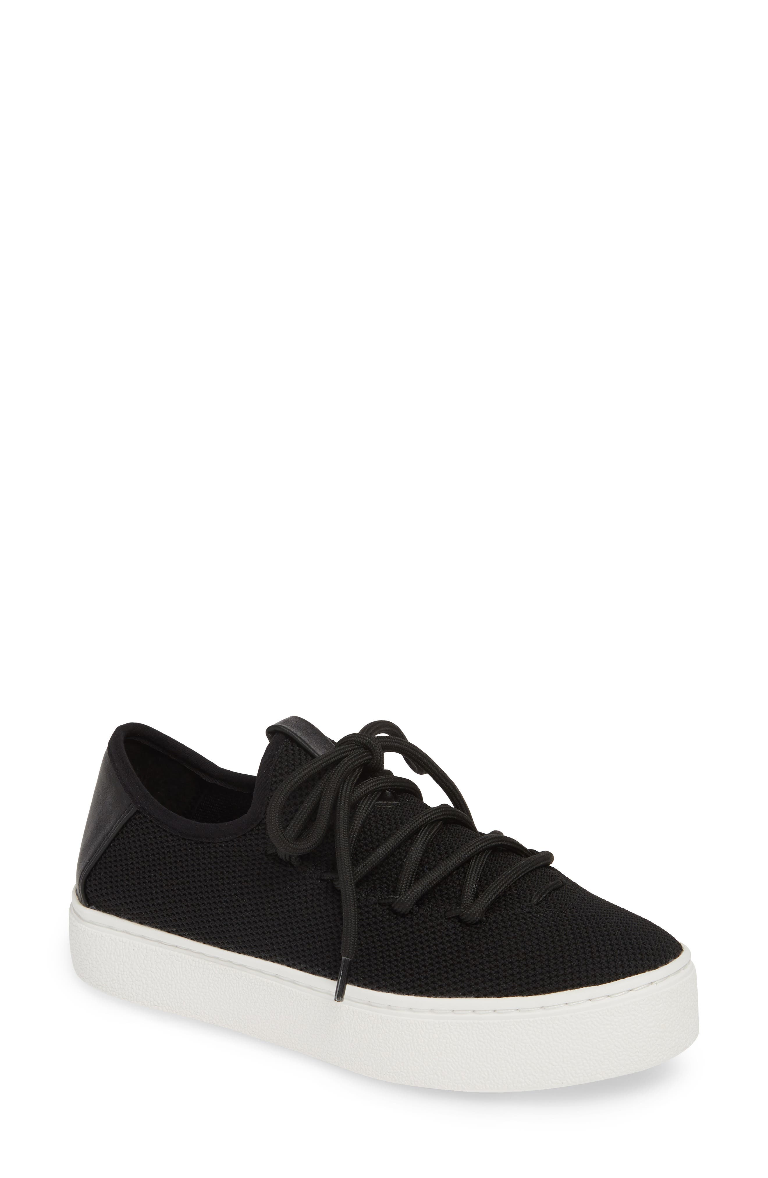 Bp Lace-Up Sneaker- Black