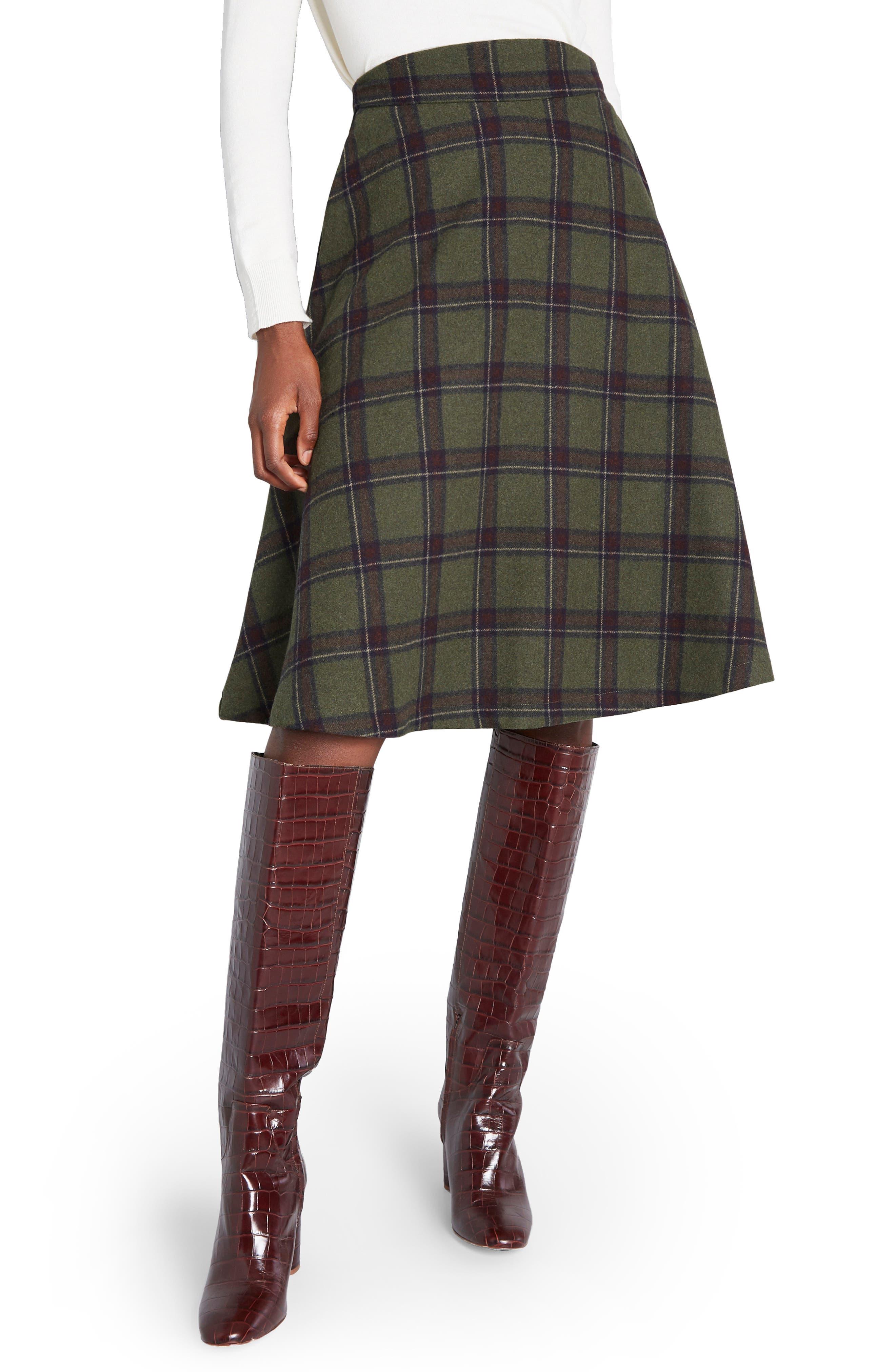 1940s Teenage Fashion: Girls Womens Modcloth Prim Class Hero Plaid Skirt $69.00 AT vintagedancer.com