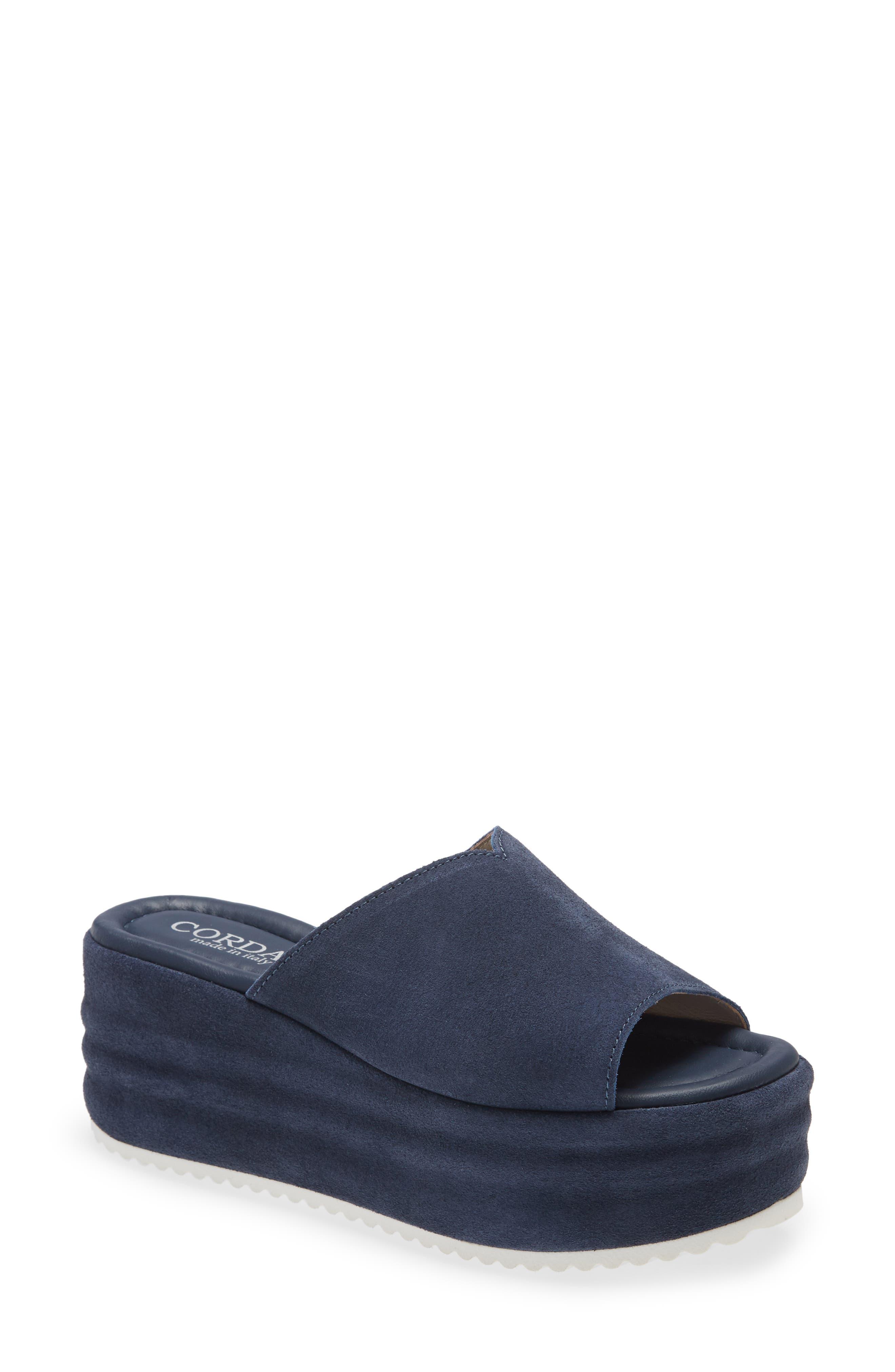 Yearn Platform Slide Sandal