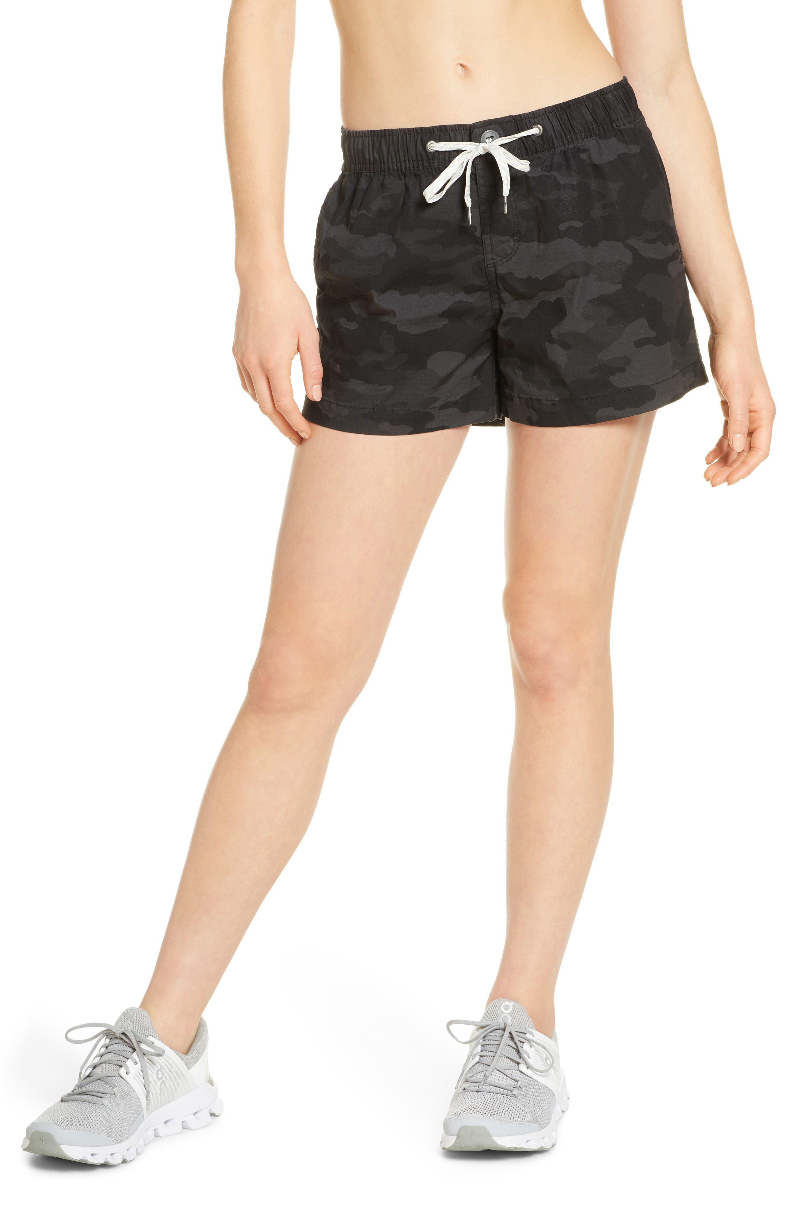Women's Vuori Ripstop Shorts,  Large - Black