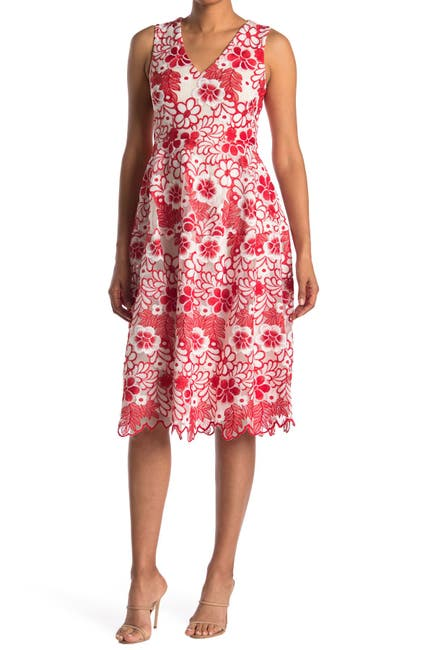 Image of Taylor Midi Sleeveless Scalloped Floral Dress