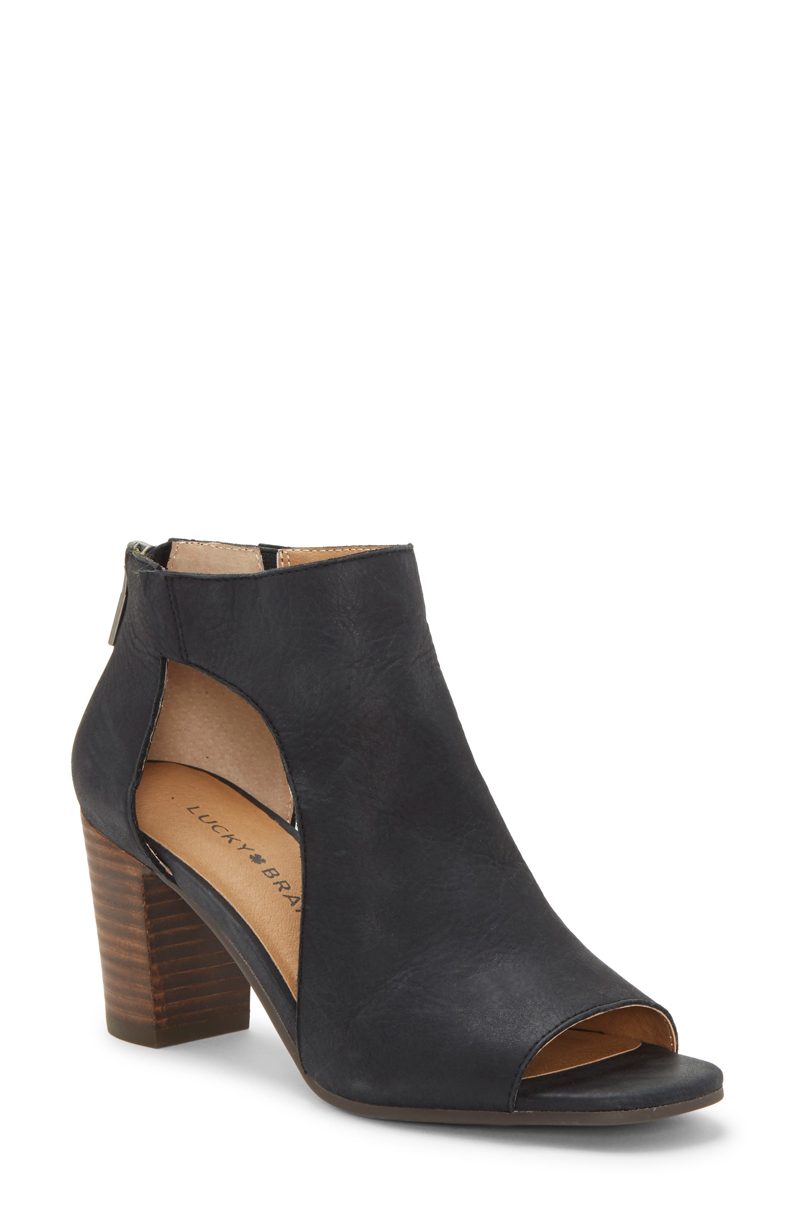 Lucky Brand Udine Shield Sandal, Black