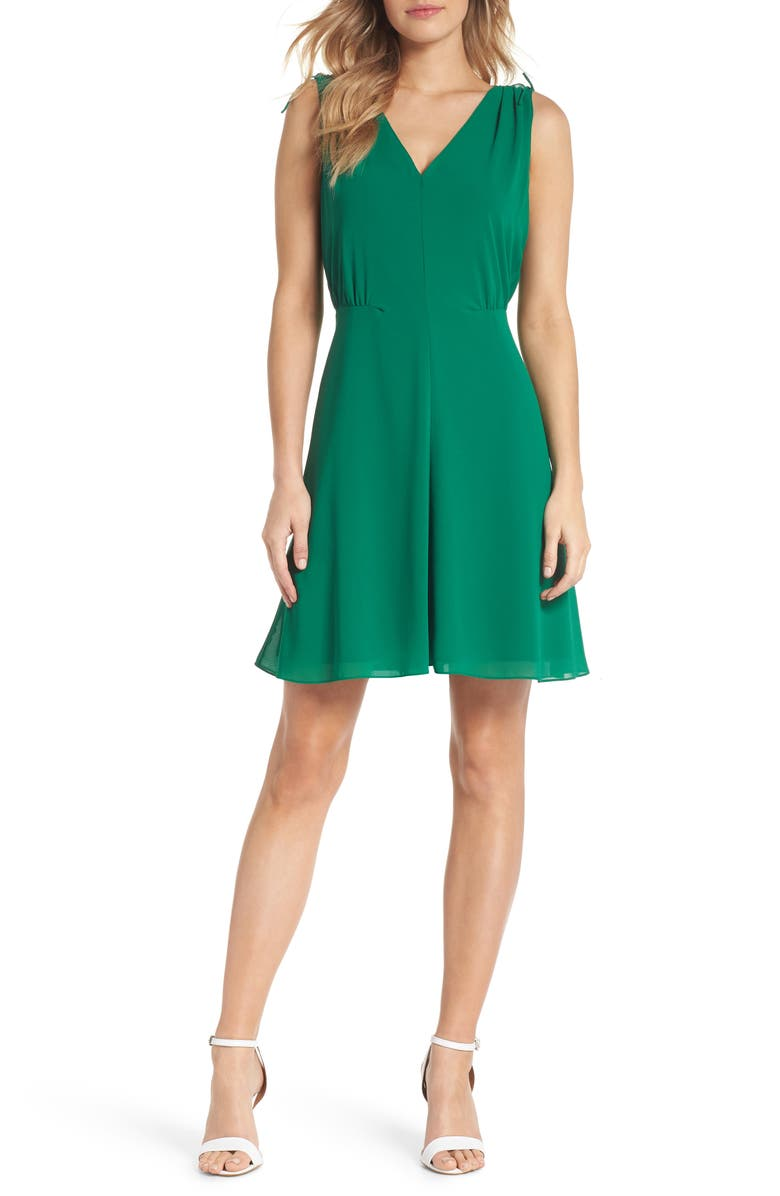 VINCE CAMUTO Soufflé V-Neck Chiffon A-Line Dress, Main, color, GREEN