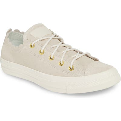 Converse Chuck Taylor All Star Scallop Low Top Leather Sneaker