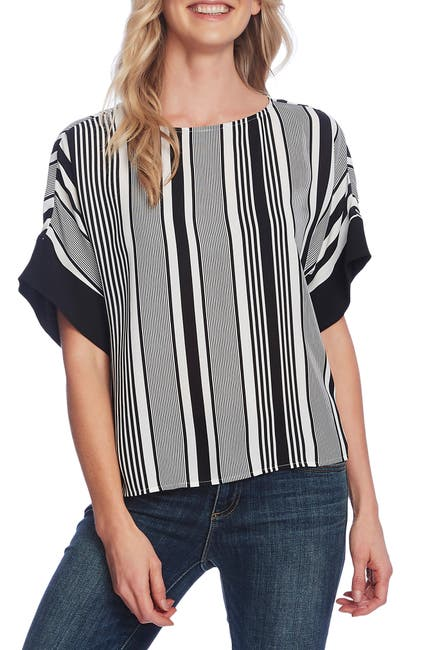 Image of Vince Camuto Extended Shoulder Variegated Graphic Top