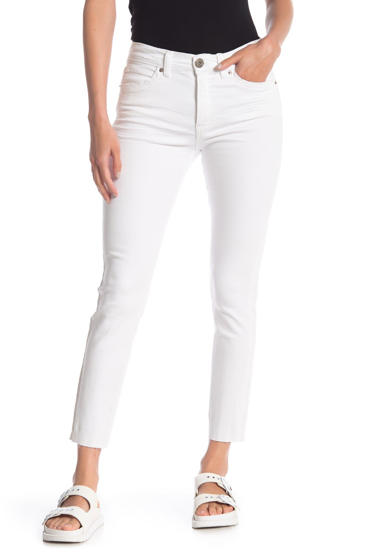 Image of SUPPLIES BY UNIONBAY Hart Raw Hem Skinny Jeans