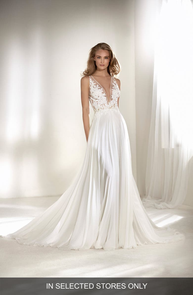 ATELIER PRONOVIAS Riado Plunging Lace & Chiffon A-Line Gown, Main, color, 900