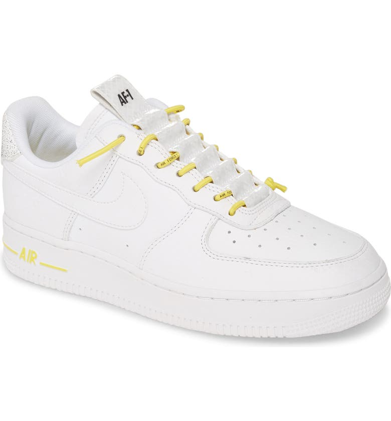 Air Force 1 '07 LX Sneaker