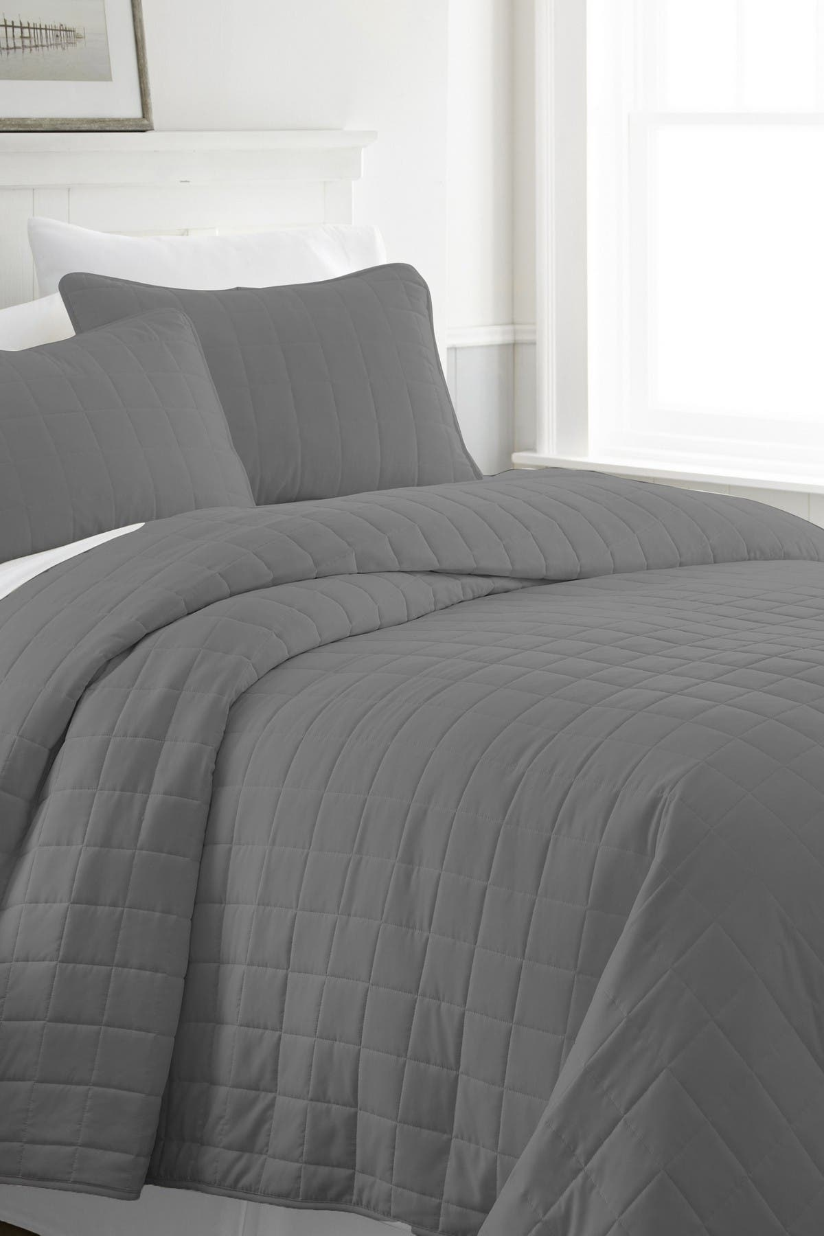 Image of IENJOY HOME Home Spun Premium Ultra Soft Square Pattern Quilted Full/Queen Coverlet Set - Gray