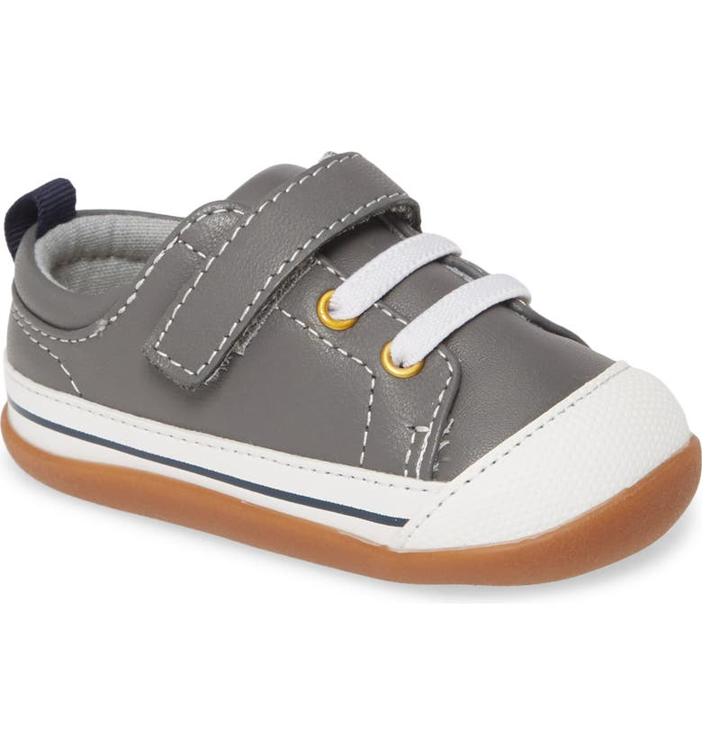 SEE KAI RUN Stevie III Sneaker, Main, color, GREY LEATHER