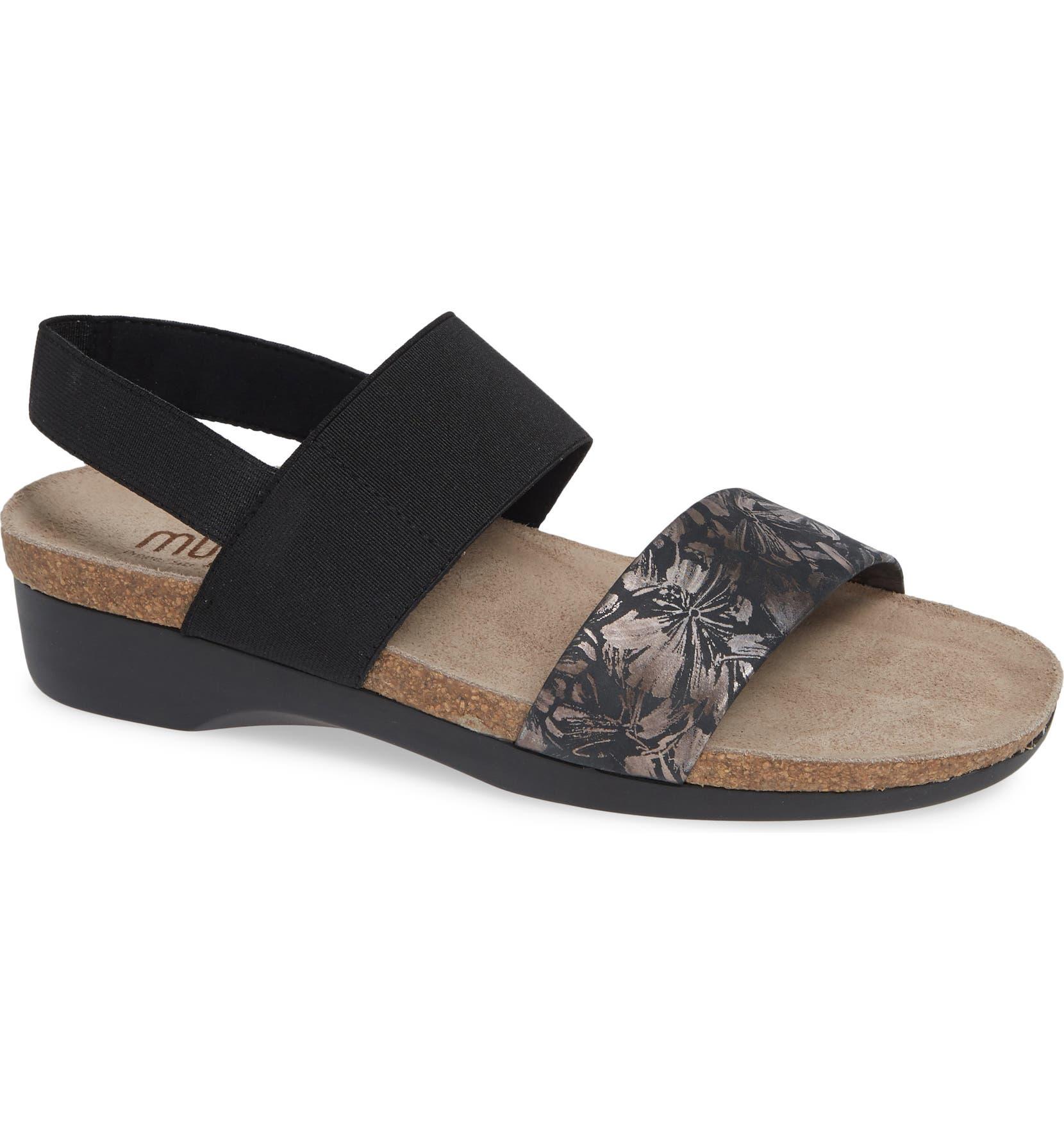 d257077db Munro 'Pisces' Sandal | Nordstrom