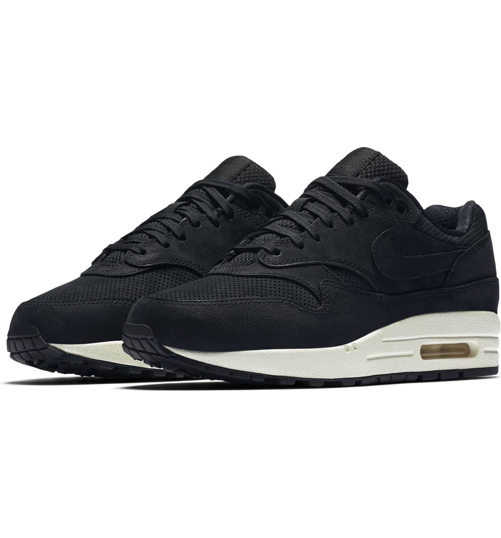 Air Max 1 Pinnacle Sneaker