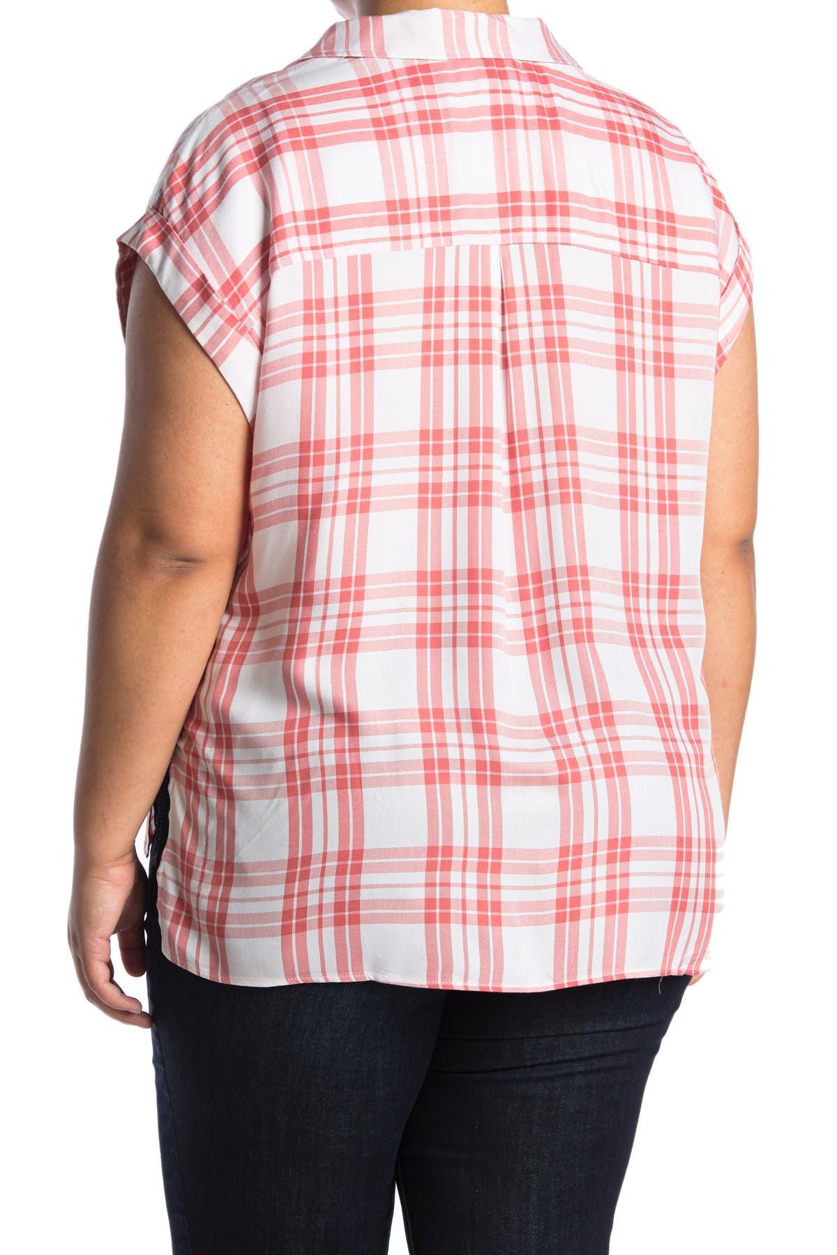Image of Como Vintage Plaid Print Button Down Shirt