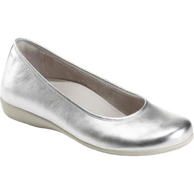 Earth Astoria Flat- Metallic